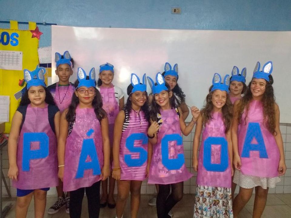 http://escolasaojorge.com.br/site/pascoa-solidaria/