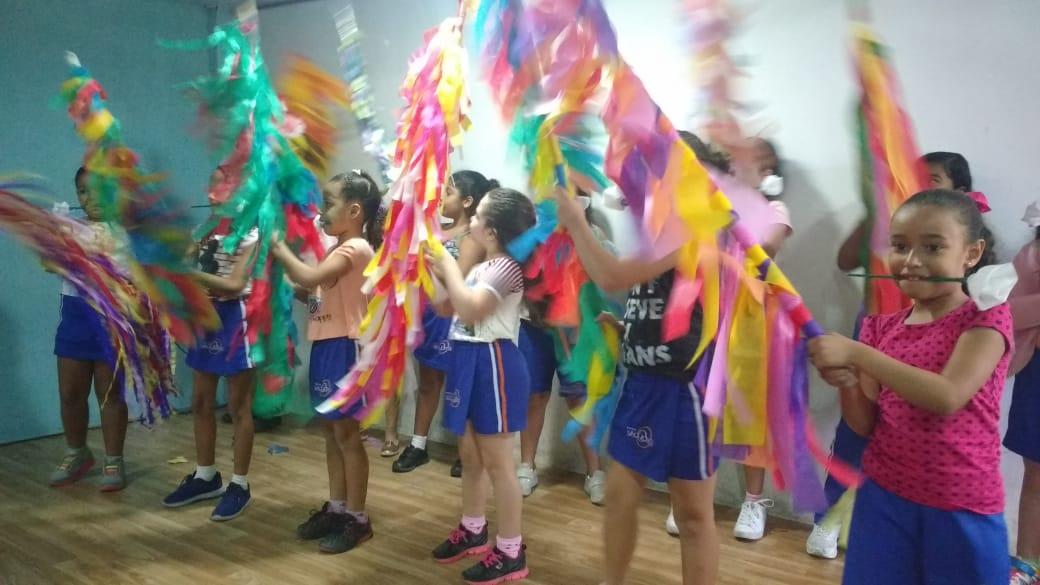http://escolasaojorge.com.br/site/comemoracao-do-folclore/