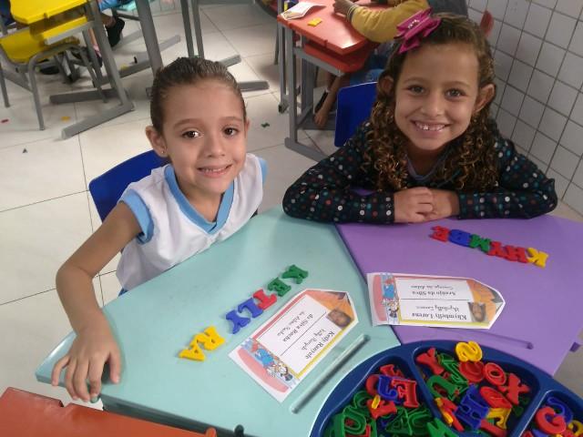 http://escolasaojorge.com.br/site/estudantes-da-educacao-infantil-trabalham-ludicidade/