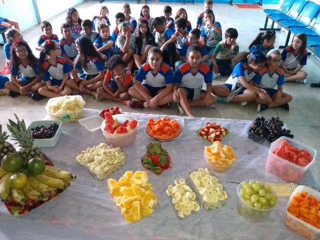 http://escolasaojorge.com.br/site/aulao-nutricao-com-frutas/